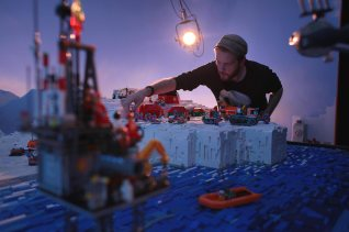 Martin-Stirling-Greenpeace-Lego-01